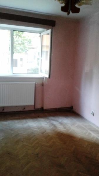 Vand urgent apartament 2 camere in ALBA-IULIA zona CETATE Central-6