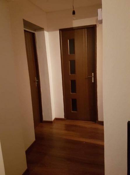 Vândă apartament zona centrală -7