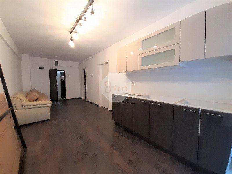 Vanzare Apartament, Semidecomandat, 2 Camere, 45 mp, Zona Kaufland !-1