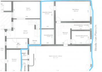 Vanzare Spatiu comercial+ apartament 4 camere de vanzare