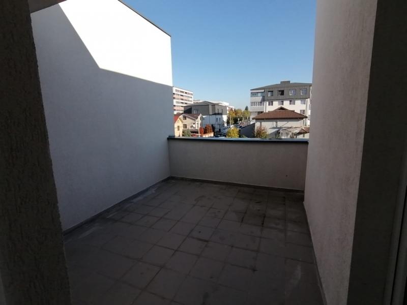 Vanzare vila p+2, 4 camere, adiacent soseaua oltenitei, langa lidl-6