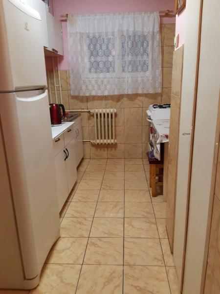 Vind apartament doua camere in Bacau-2