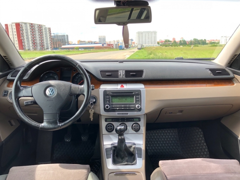 VW Passat B6 4motion 2.0 TDI-8